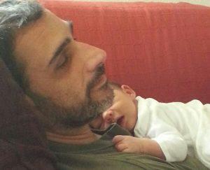 Javi, nuestro psicólogo, con su hijo